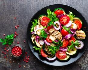 طريقة تحضير سلطة الخضراوات المشويَّة