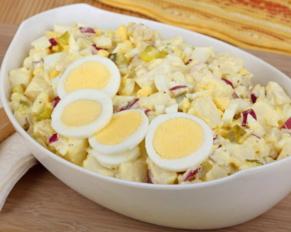طريقة تحضير سلطة البطاطس مع البيض المسلوق